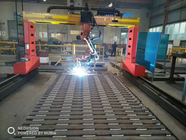 焊接ji器人/上hai138娱乐焊接科技有限公司
